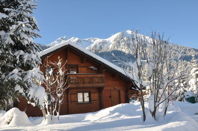 Location chalet montagne la chapelle ch tel for Chalet a la montagne avec piscine
